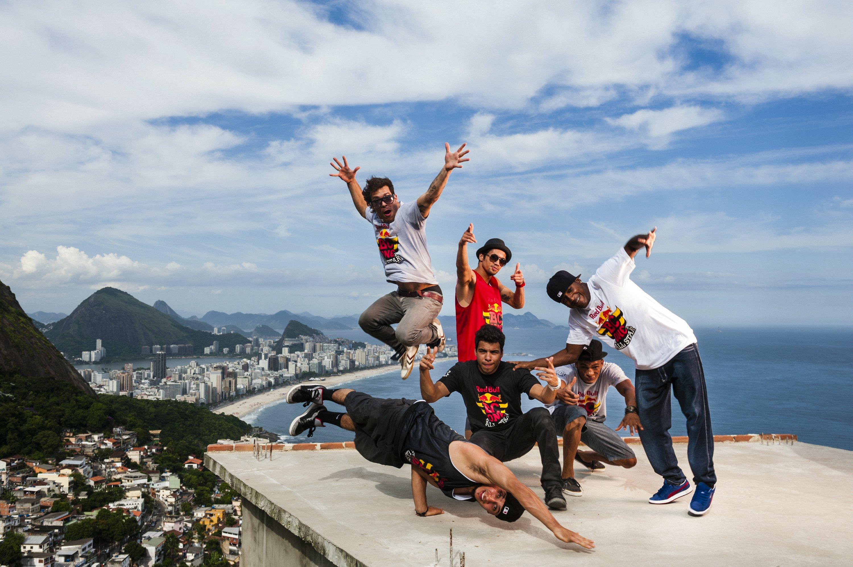 B-Boys, Cico, Ronnie, Pelezinho, Roxrite, Lil G and Neguin - Lifestyle