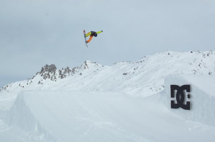 DC Snowboard Shooting a Meribel su Deejay TV