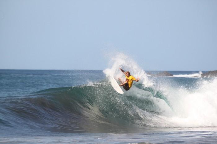 Angelo Bonomelli, Costa Rica Winter 12/13 Clip