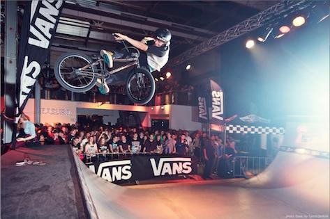 Vans Warped Tour 2013 è partito con oltre 10.000 partecipanti