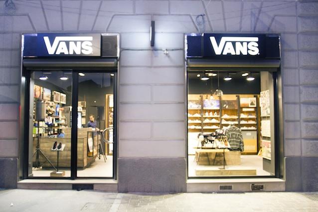 Vans inaugura il secondo monomarca a Milano