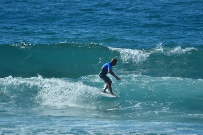 1 Li Junchi surf longboard badesi sardegna 2014