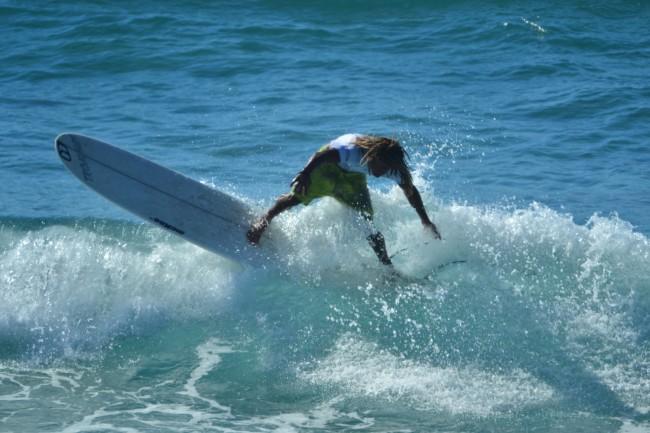 4 Li Junchi surf longboard badesi sardegna 2014