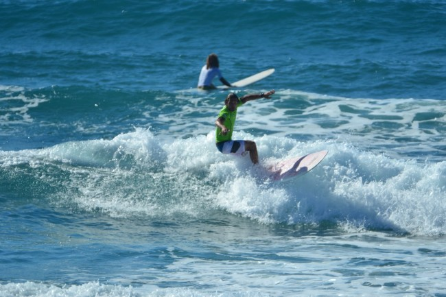 6 Li Junchi surf longboard badesi sardegna 2014