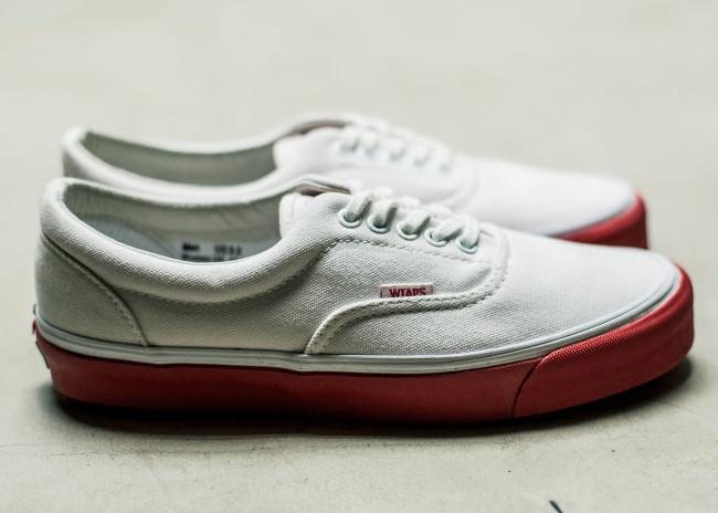 Vault-by-Vans-x-WTAPS_OG-Era-LX_White-Red_side