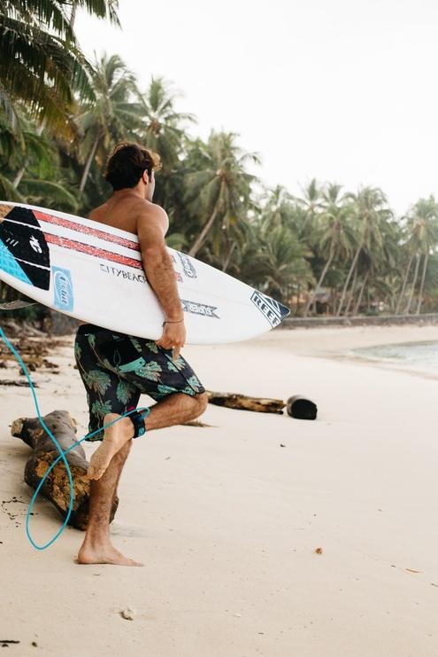 Reef head-to-toe Ambassador Roberto D'Amico releases new film 'Island Shades.'