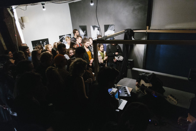 4. exhibition_paris_kevin