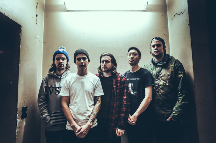 COUNTERPARTS: GUARDA IL NUOVO VIDEO DI 'STRANGER'