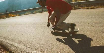arbor-skateboards_axel-serrat_passing-through-the-pyrenees_action1