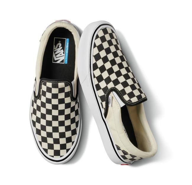 fa18_classics_lites_vn0a2z63ib8_sliponlite_checkerboardblackclassicwhite