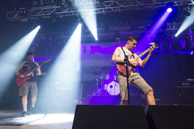 Propagandhi performs in Milan