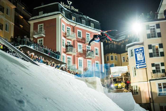 Urban Freeskiing: Red Bull Playstreets 2019