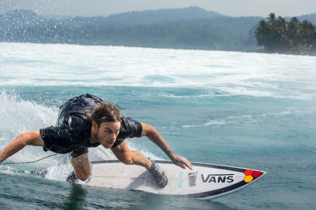 sp19_surf_surfbootmid_wadegoodall_1809-0955