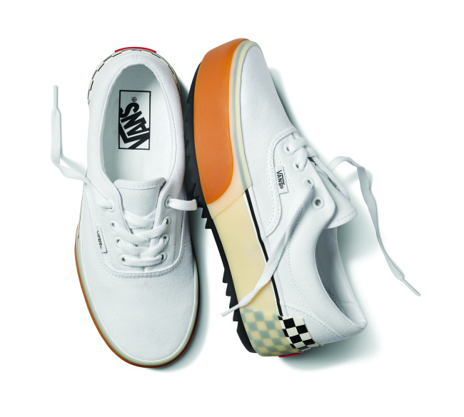 fa19_classics_vn0a4btotdc_era_stacked_white-checkerboard_pair