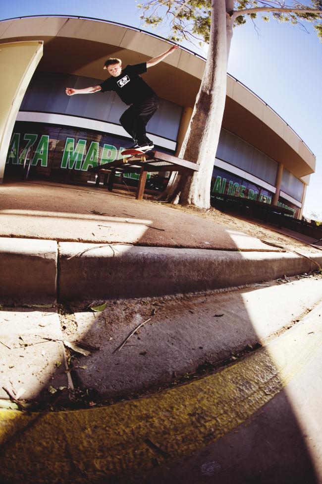 matlok_bennett_jones_backside_smithgrind_pop