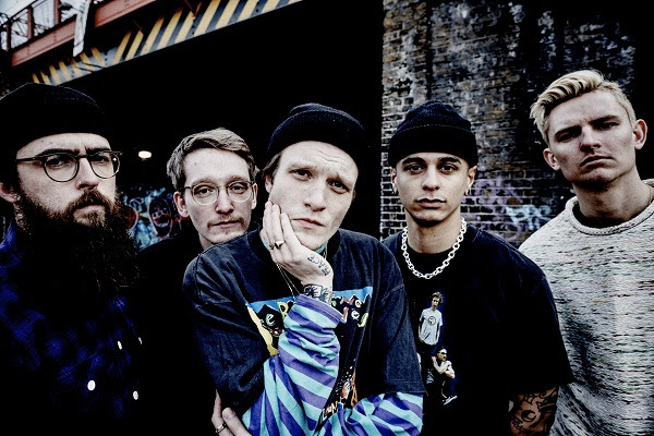 NECK DEEP TEAMS UP WITH LINEUP OF INDEPENDENT SKATERS FOR NEW MUSIC VIDEO 'FALL'
