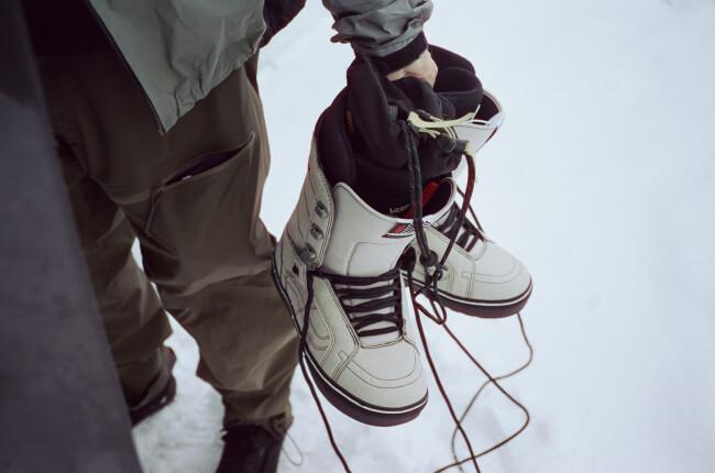 fa20_snow_histandardog_vn0a3tfj0bs_jakekuzyk_mbblk_elv_09