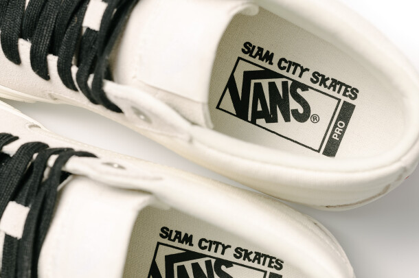 slam-vans_sk8-midpro_marshmallow_footbedmacro_sam0076